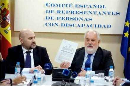 Meeting with candidate list of the PP head for the European Parliament, Arias Cañete with CERMI